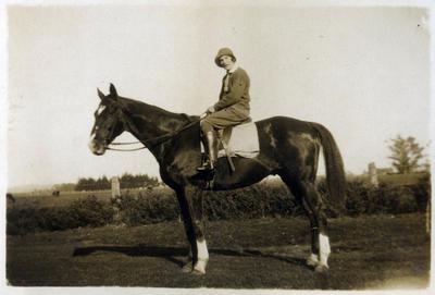 Unidentified woman on horseback; 2014/45.01.157