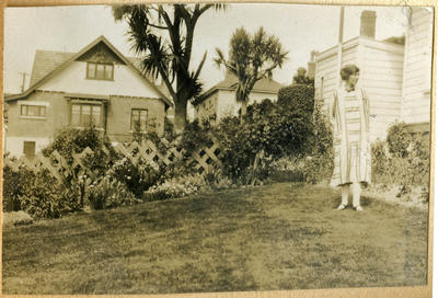Woman in the garden, 4 Charlotte Street