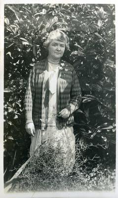Woman in a garden; 2014/45.01.208
