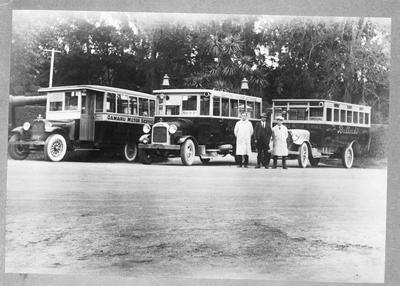 Oamaru Motor Service [Giffin's Motor Service] Buses