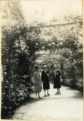 Women in a garden; 2014/45.01.245