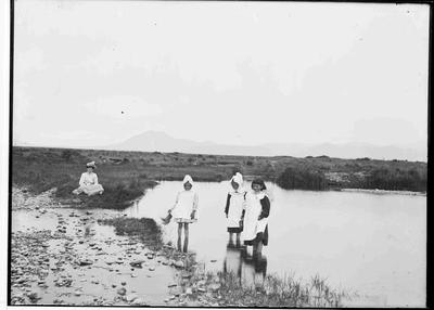 Unidentified woman and children at  Kakanui