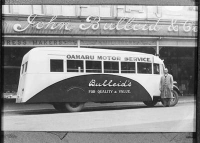 Oamaru Motor Service 1939 Studebaker outside John Bulleid & Co
