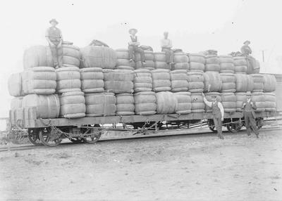 Wool industry. Railway in North Otago
