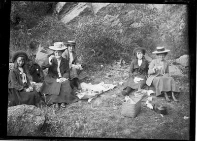 Picnic in the country, c.1912