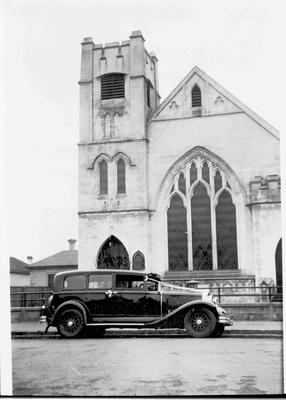 Church of Christ, Eden Street. Wedding car