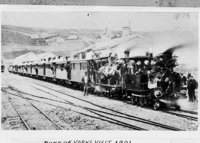 First passenger train to Moeraki