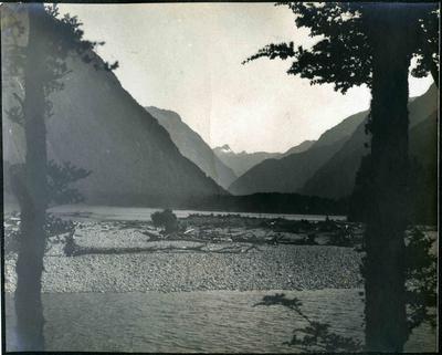 Arthur Valley, Fiordland