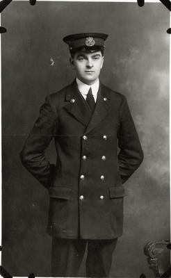 Unidentified man in uniform; 2014/43.1.55