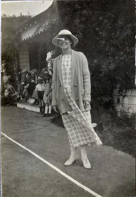 Woman at South Hill Tennis Club [?]; 2014/43.1.105