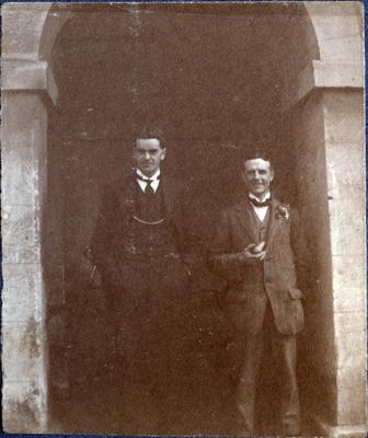 Alfred Leslie with unidentified man; 2014/43.1.129