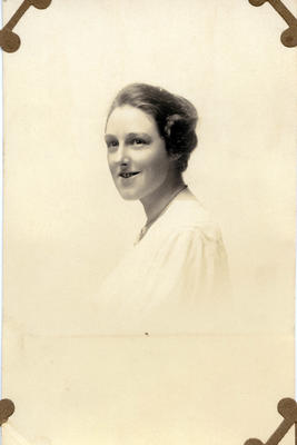 Portrait of a woman, unidentified; 2014/43.1.150