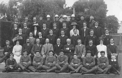 Combined staff, Chief Post Office Oamaru; P0027.51.6