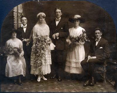 Wedding photo, unidentified; 2014/43.2.13
