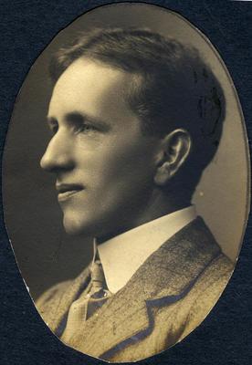 Portrait of a man, unidentified