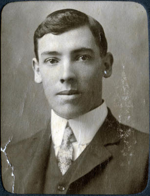 Portrait of a man, unidentified; 2014/43.2.34