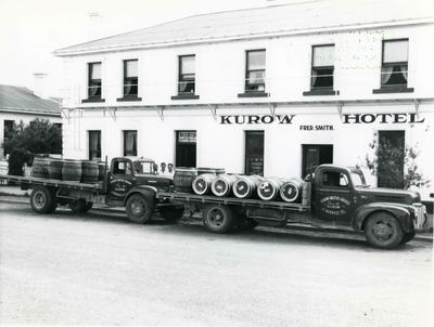 Christmas delivery to the Kurow Hotel.