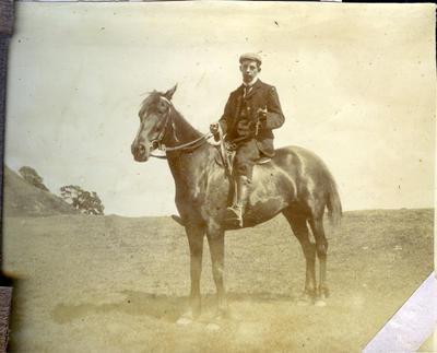 Man on horseback; 2014/43.2.69