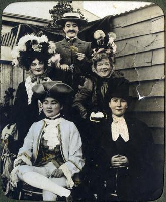 Women in costume; 2014/43.2.95