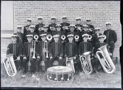 Musical. Unidentified brass band