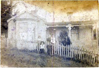 Watson family house Tyne St