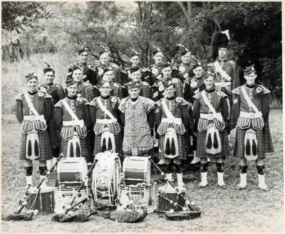 Members of the North Otago Highland Pipe Band.