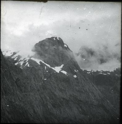 Mountain peak, unidentified