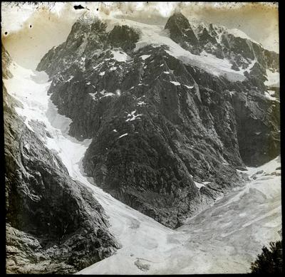Couloir at the head of the Cleddau Valley