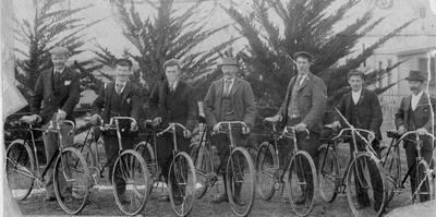 Cyclists at Livingstone.