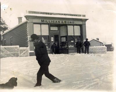 Men in the snow, Milligan and Bond General Merchants Ngapara.