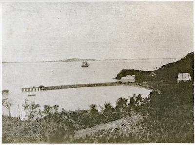 Moeraki Harbour.