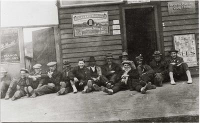 Men at the Ngapara railway station and Post Office Savings Bank.