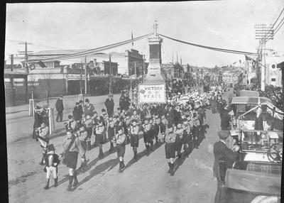 Victory Parade, Thames Street