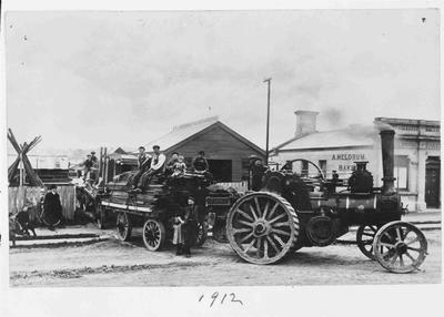 Traction Engine in Usk Street 1912.